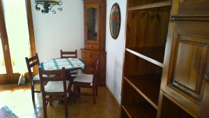 Appartamento Felce, Apartments  Pinzolo - big - 45