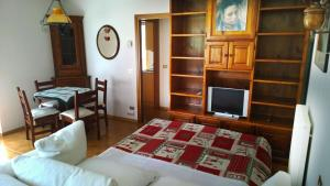 Appartamento Felce, Apartments  Pinzolo - big - 55