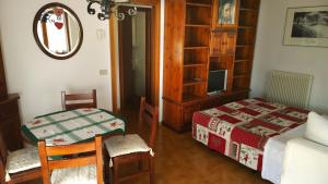 Appartamento Felce, Apartments  Pinzolo - big - 59
