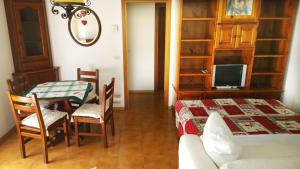 Appartamento Felce, Apartments  Pinzolo - big - 60