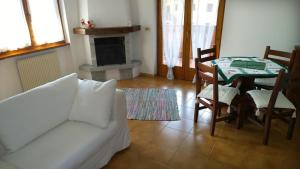Appartamento Felce, Apartments  Pinzolo - big - 62
