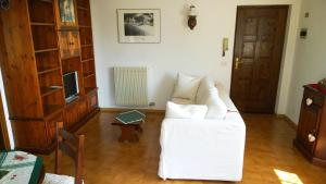 Appartamento Felce, Apartments  Pinzolo - big - 63