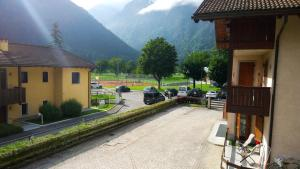 Appartamento Felce, Apartments  Pinzolo - big - 73