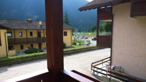 Appartamento Felce, Apartments  Pinzolo - big - 75