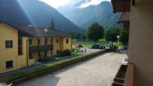 Appartamento Felce, Apartments  Pinzolo - big - 77