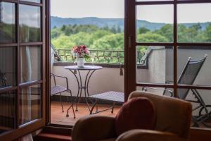 Hotel-Restaurant Vinothek Lamm, Hotels  Bad Herrenalb - big - 18