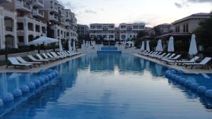Apartment in Green Beach Resort Kavatsi