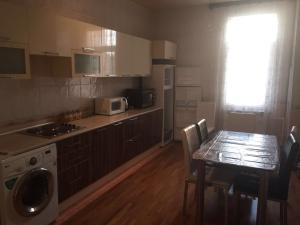 Апартаменты In B.Mecidov street - фото 2