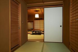 Фото отеля Yamatoya Honten