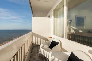 Sea View Apartment(Zandvoort)