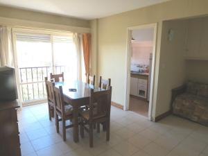 Vista Plaza Colón y Mar, Apartmány  Mar del Plata - big - 7