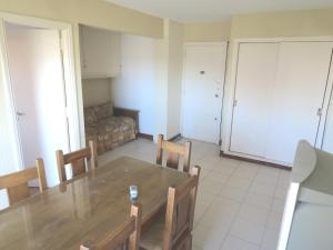 Vista Plaza Colón y Mar, Apartmány  Mar del Plata - big - 8
