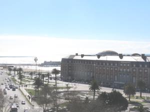 Vista Plaza Colón y Mar, Apartmanok  Mar del Plata - big - 15