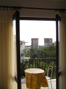 Apartments Karla, Апартаменты  Подгора - big - 3