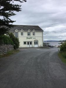 Greenfield Lodge