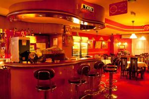 Taxi Bar Motel - фото 9