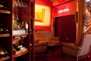 Taxi Bar Motel - фото 16