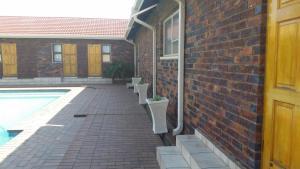 African Phoenix Guest Lodge, Affittacamere  Kempton Park - big - 55