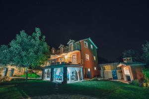 A Picture of Villa Marijana