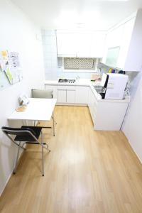 House in Hongdae 5, Апартаменты  Сеул - big - 4