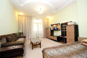 Апартаменты на Шевченко 15а, Алматы