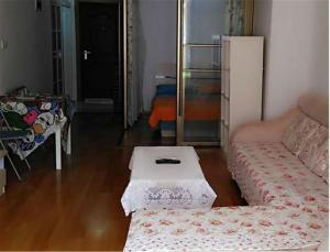Gold Holiday Apartment, Ferienwohnungen  Jinzhou - big - 1