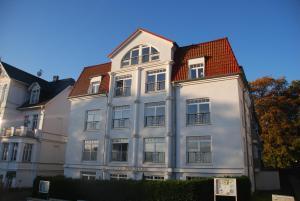 Ferienwohnungen am Strandhotel Bansiner Hof