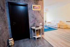 Galaxy Apartment, Ferienwohnungen  Braşov - big - 38