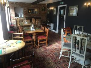The Fiddleford Inn