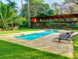 Iguana Lodge Beach Resort & Spa