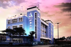 Ocean Hotel, Hotel  Budai - big - 1