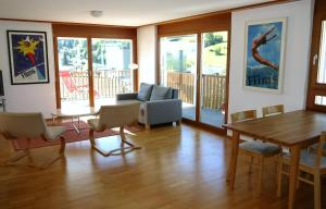 Heidi-Immo Casa Miro 6, Appartamenti  Flims - big - 12