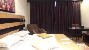 Rose Garden Hotel, Hotels  Riyadh - big - 17