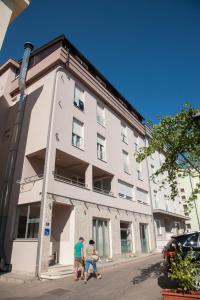Hotel Glorija - фото 1