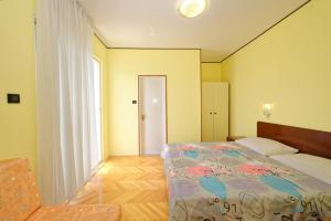 Guest House Lanča 2886, Pensionen  Banjol - big - 39