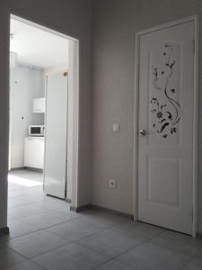 Apartment on Sormovskaya 208