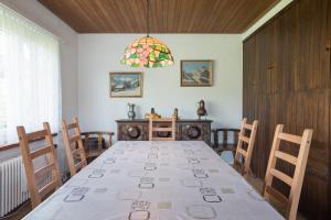 Heidi-Immo Casa Majo, Apartmány  Flims - big - 12