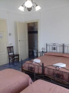 B&B Casa Marina, Отели типа «постель и завтрак»  Санто-Стефано-ди-Камастра - big - 52