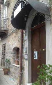 B&B Casa Marina, Отели типа «постель и завтрак»  Санто-Стефано-ди-Камастра - big - 58