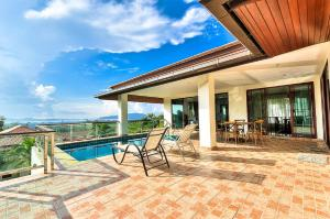 Luxury Seaview Pool Villa at Chalong