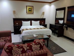 Deyala Hotel Apartments 2, Residence  Riyad - big - 3