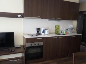 Nikolovi Apartments, Apartmány  Bansko - big - 9