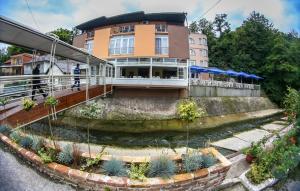 Hotel Fontana, Зеница
