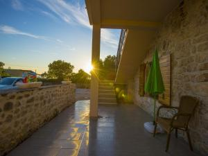 Apartments Punta, Appartamenti  Starigrad-Paklenica - big - 8