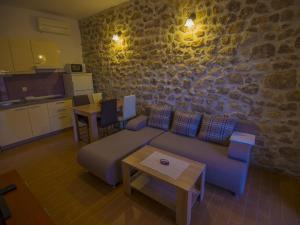 Apartments Punta, Apartmány  Starigrad-Paklenica - big - 2