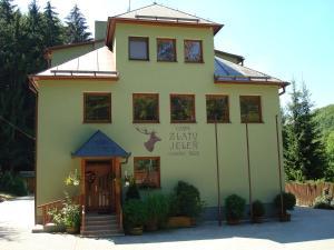Chata Zlatý Jeleň Uhliská