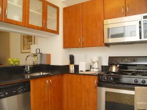 180 Montague Street - Apartment - Brooklyn