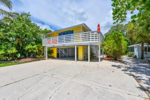 Banana Cabana and Cottage Powered by Beachside Management