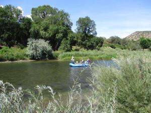 River Lover's, Дома для отпуска  Howard - big - 16