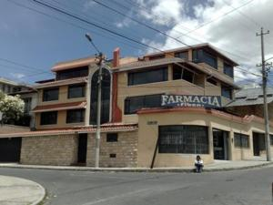 Quito Familiar Inn
